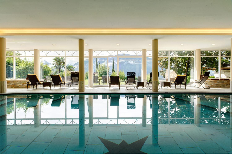 Piscina coperta del hotel garni katnau a scena vacanza - Hotel maranza con piscina coperta ...